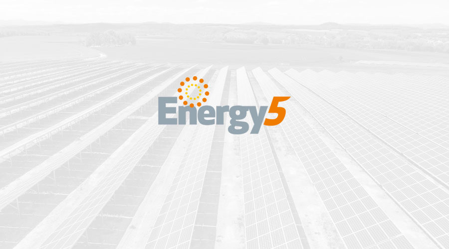 Fotowoltaiczny krzyż od Energy5 w Pleszewie