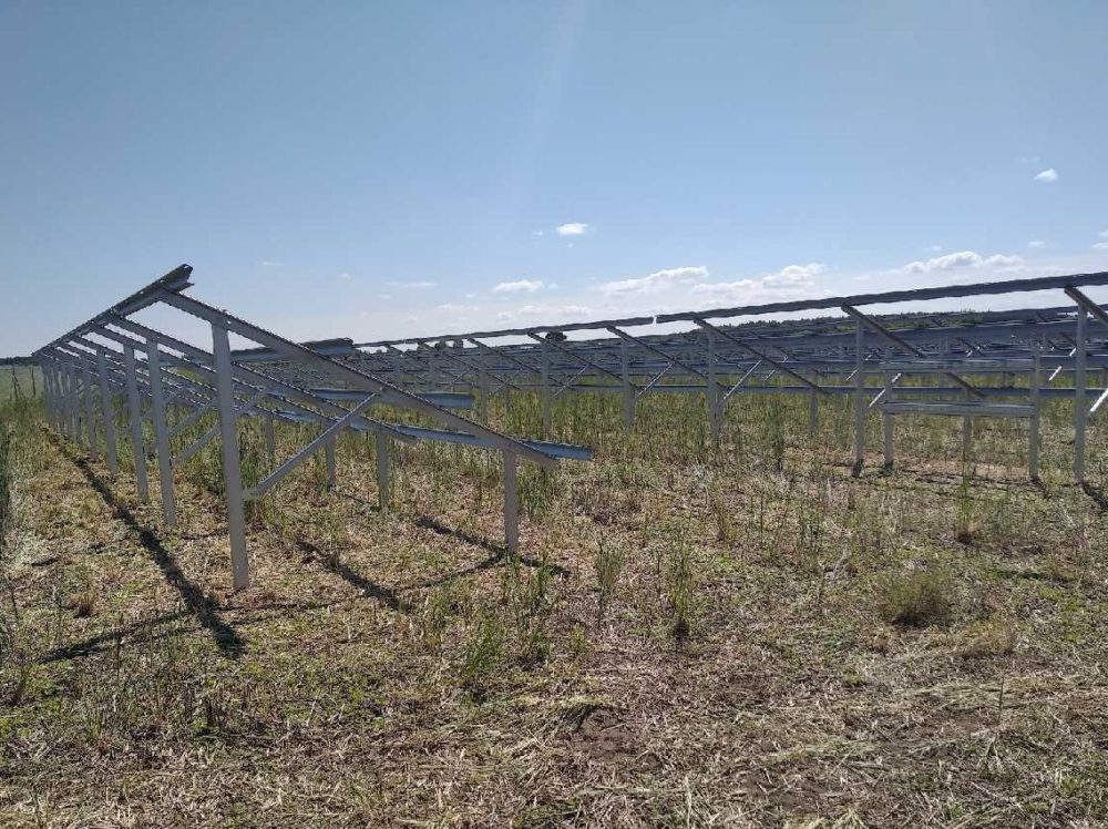 Instalacja PV o mocy 1MW na konstrukcjach Energy5